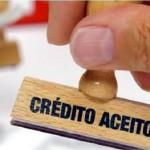 Número de pessoas que procuram crédito cai em abril